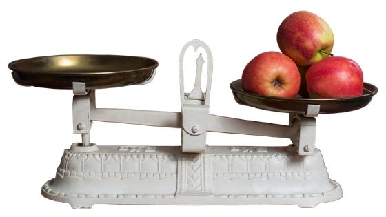 Weighing some apples